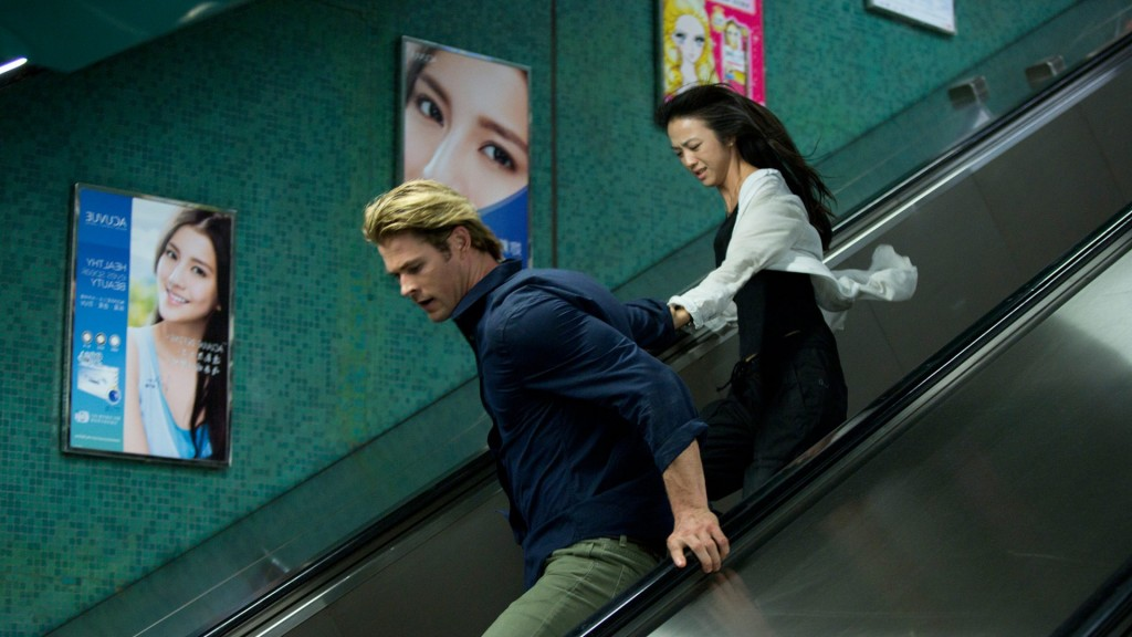 Chris Hemsworth et Wei Tang dans Heat