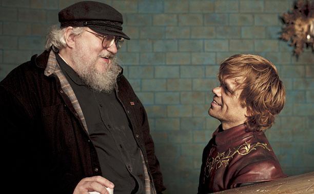 """L'auteur de """"Game of Thrones"""", Georges R.R. Martin, avec Peter Dinklage (Tyrion Lannister dans la série)"""